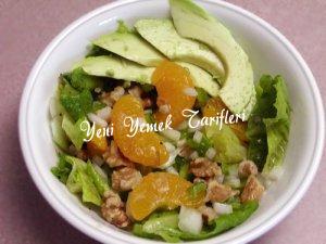 Avokadolu Mandalina Salatası