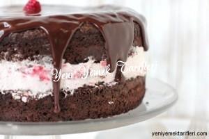 Çikolatalı Ahududulu Kolay Pasta