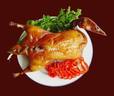 Fırında Pekin Ördeği